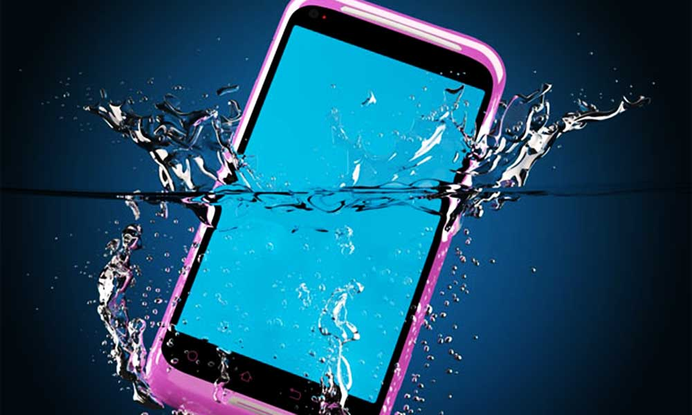 mobile-phone-in-water