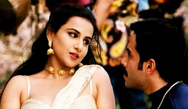 the-dirty-picture-bollywood-movie-stills-12