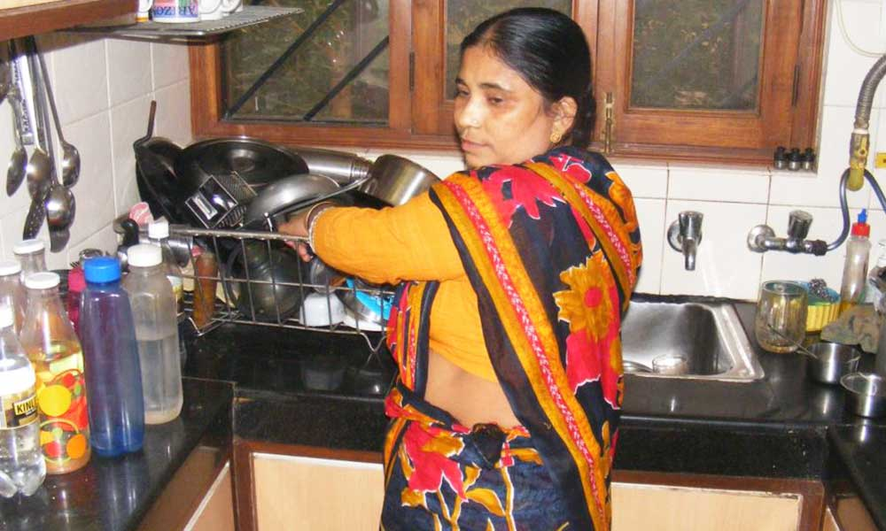 indian-maid-servant