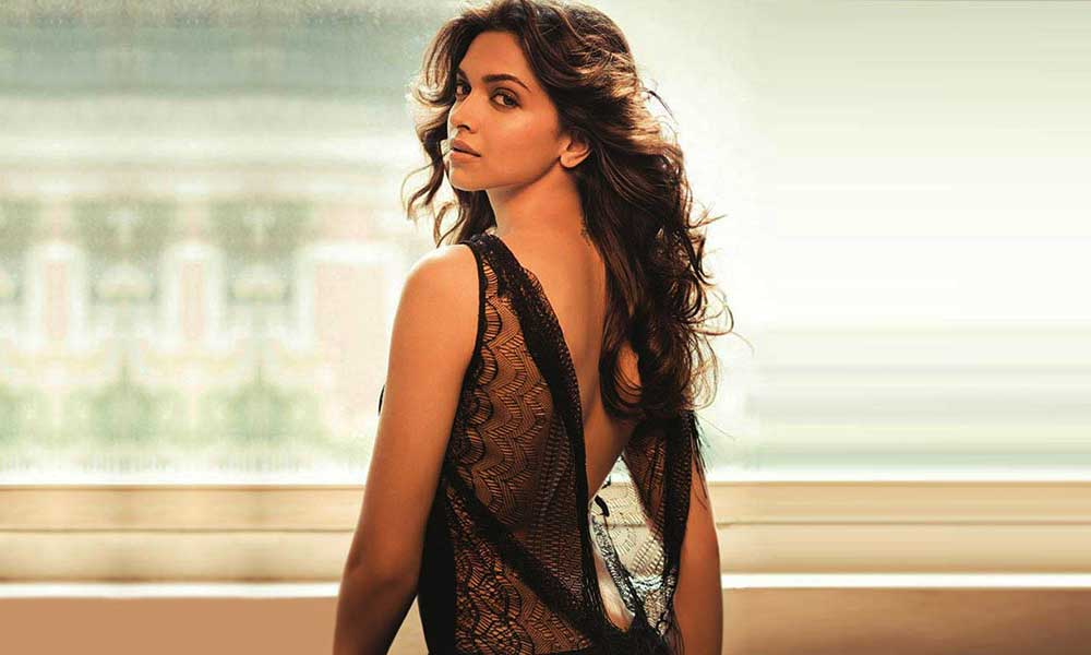 Backless-of-Deepika-Padukone