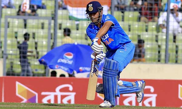 best-finisher-dhoni