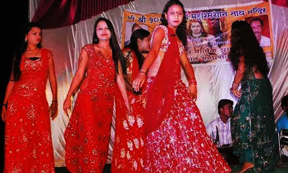 Kashi Sex Workers Dancing In Cemetery
