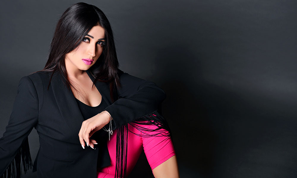 Model Qandeel strip if pakistan win against india