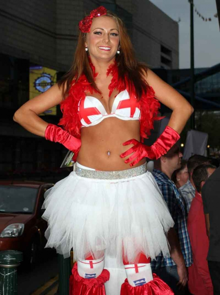 Sexy-World-Cup-fans-1