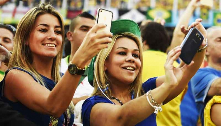 Sexy-world-cup-fans-2
