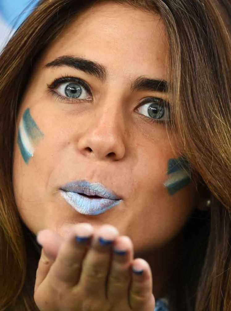 Sexy-world-cup-fans-3