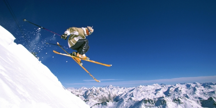 First-Time-Skiing-newsite_800_400_cropp