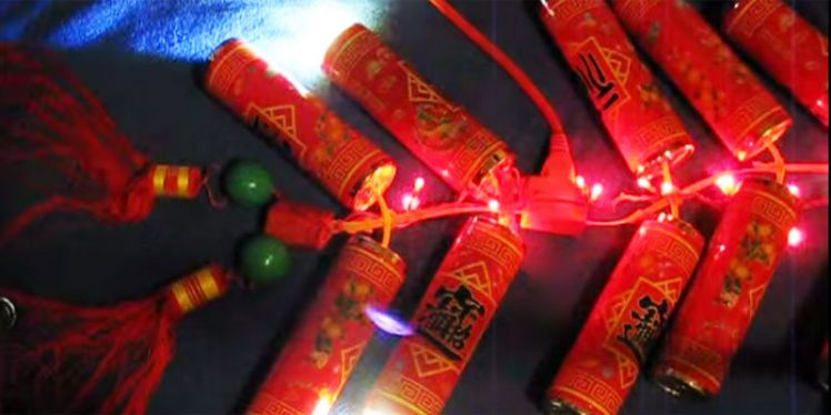 This Is The Right Way To Celebrate - No Pollution - Diwali With Firecrackers!