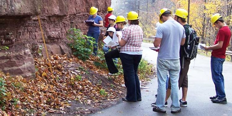 Career In Geology: Identifying Components From Past And Present To Build A Better Future On The Planet