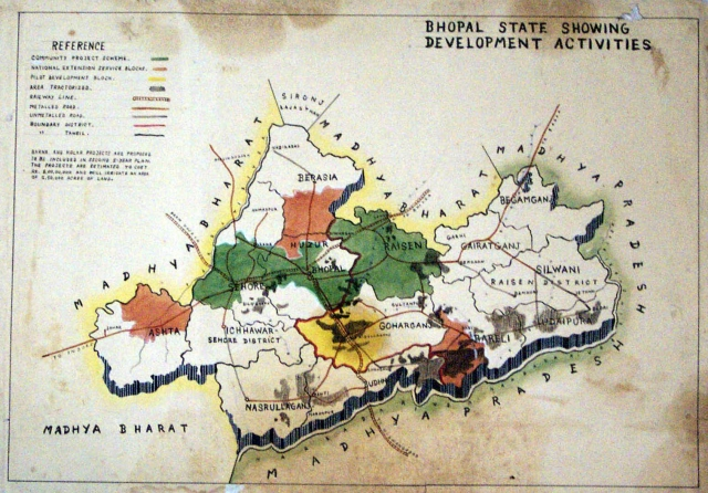 Map_of_Bhopal_State_1949-1956_showing_development_activities