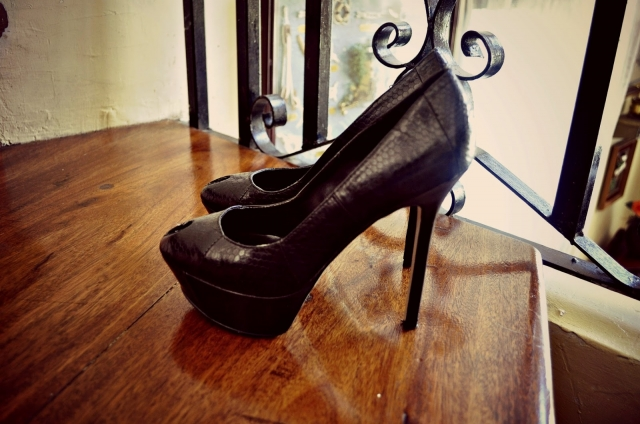 BlackPumps1