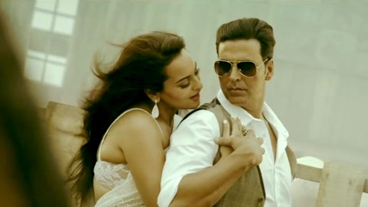 Sonakshi-Sinha-And-Akshay-Kumar-in-Boss-Video-Song-Pic-1