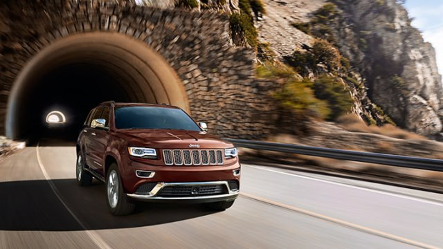 2-2014-grand-cherokee-highway-capable