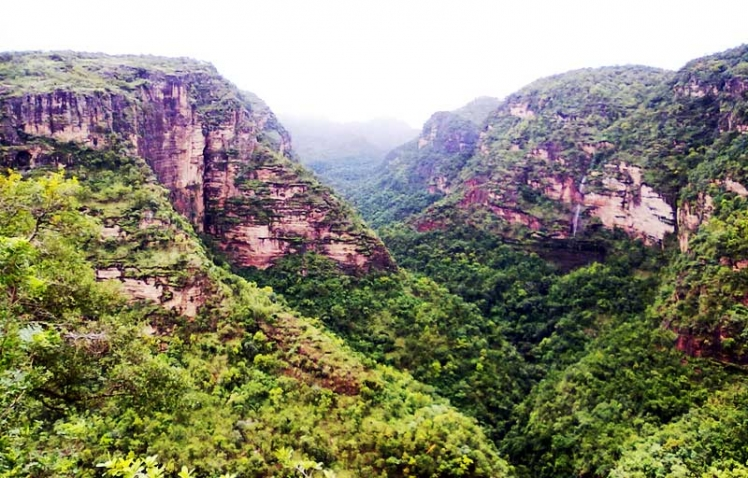 pachmarhi-valley