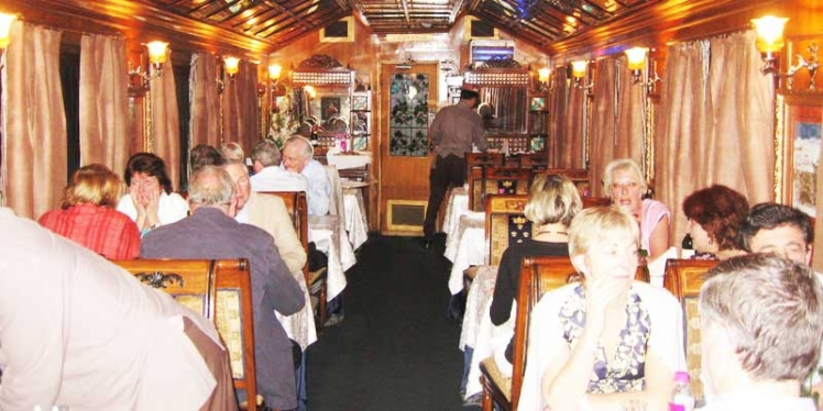 Palace-on-Wheels-Train-Interior