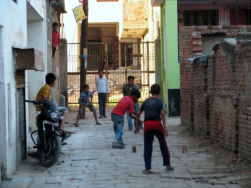Gully cricket is a trend among the youth