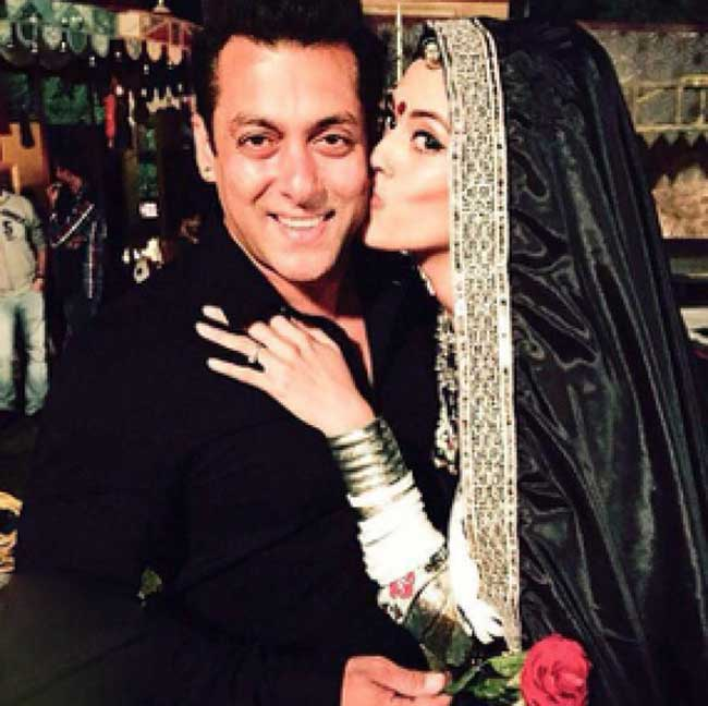Salman khan with his fan lady love on valentine's day
