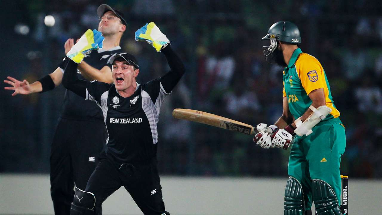 New Zealand are 4-2 ahead against South Africa in World Cups