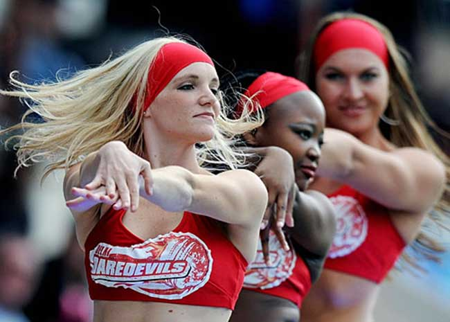 The Delhi Daredevils cheerleaders will mesmerize you