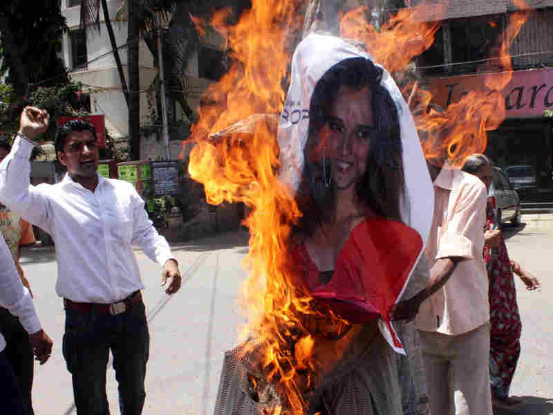 Sania Mirza's public speech about safe sex led to her effigies being burnt