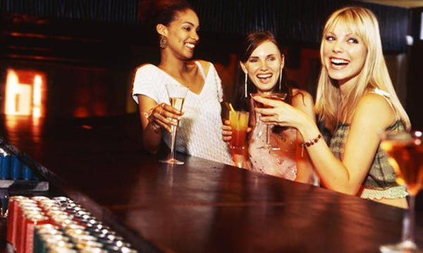 women-at-bar
