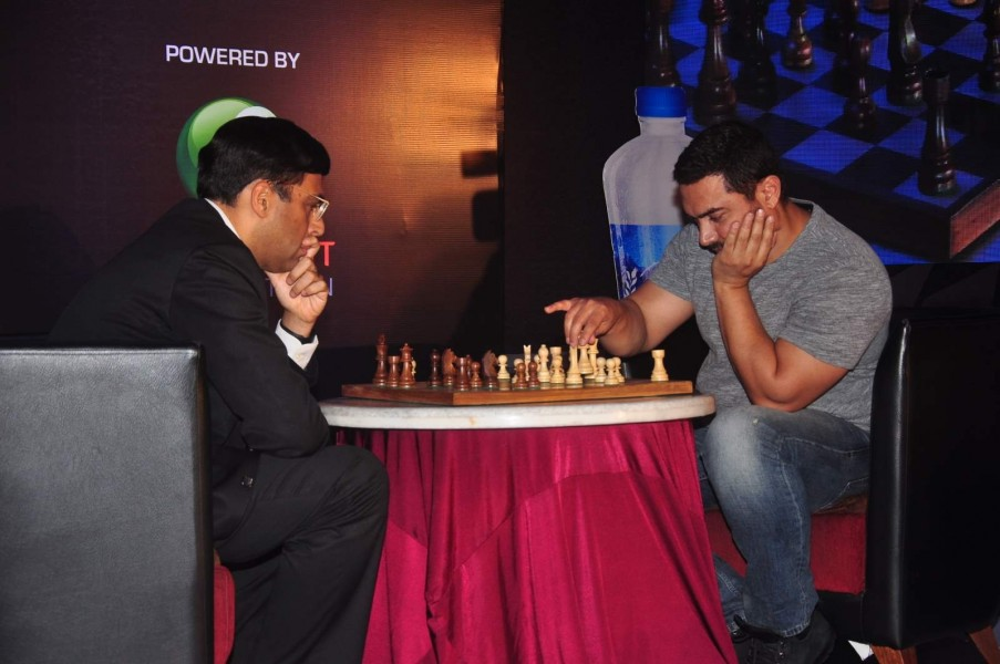 Mumbai: Actor Aamir Khan and Chess World Champion Vishwanathan Anand during the announcement of 3rd Edition of Maharashtra Chess League (MCL), in Mumbai on May 22, 2015. (Photo: IANS)