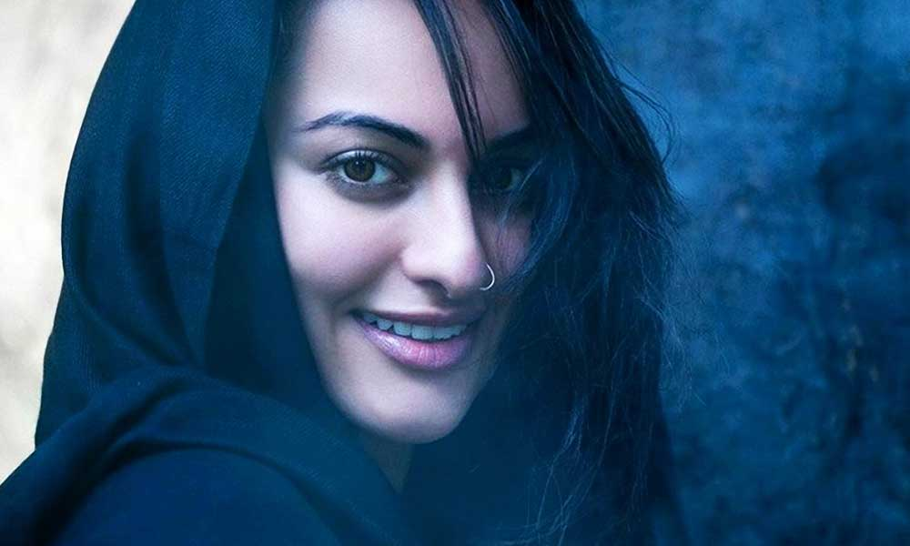 sonakshi-sinha-wallpaper-20