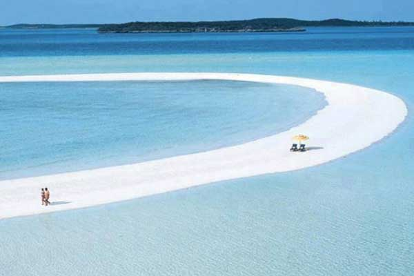 Bahamas-Copperfield-Bay-Musha-Cay-620x496