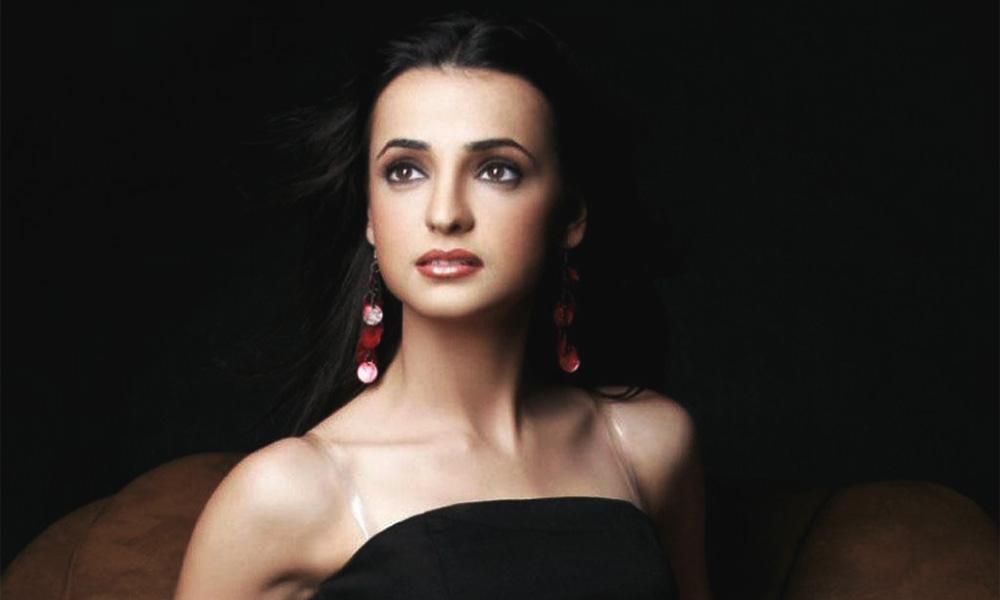 Sanaya-Irani-Feature