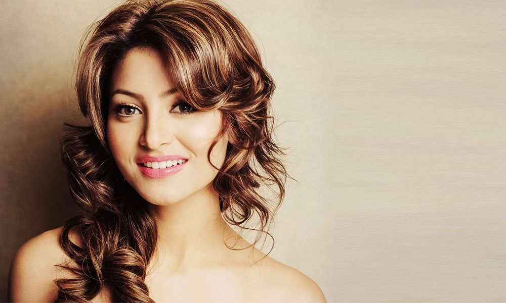 urvashi-rautela-miss-universe-2015-feature