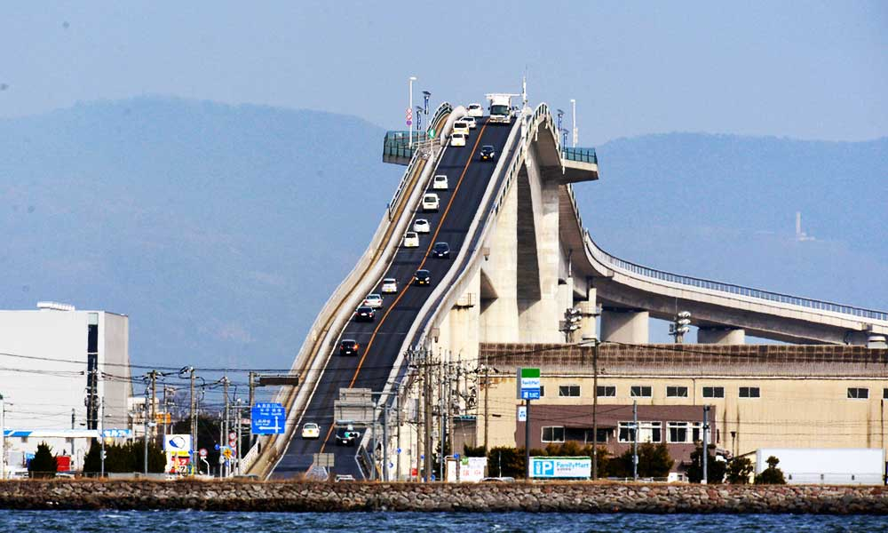 Eshima-Ohashi-Bridge-in-Japan