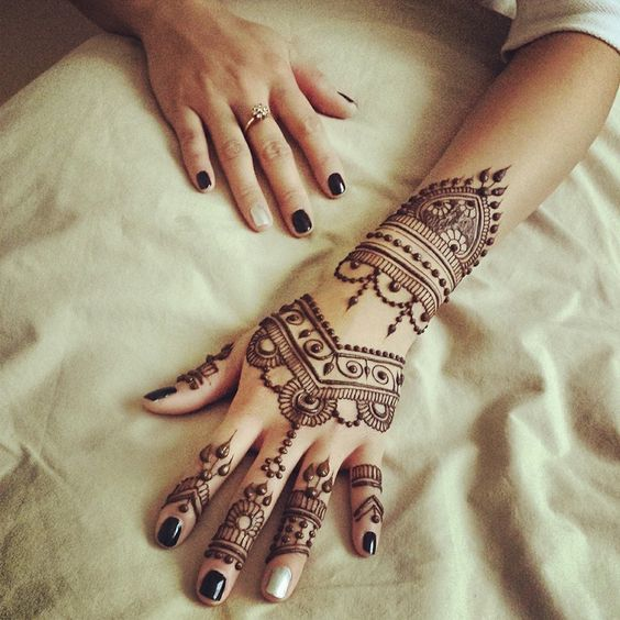 Unique Mehndi Designs 2016 : Unique mehndi designs for back hand palms and feet