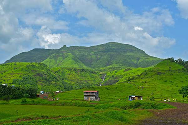 Best Places In Mumbai In Monsoon