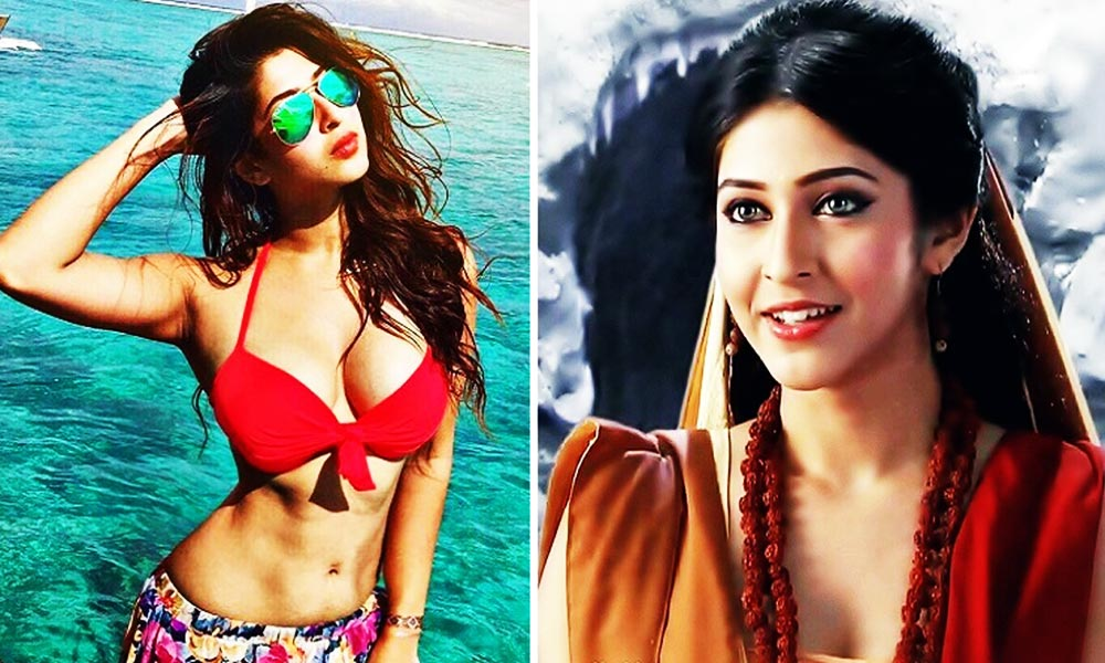 TV Actresses In Bikini