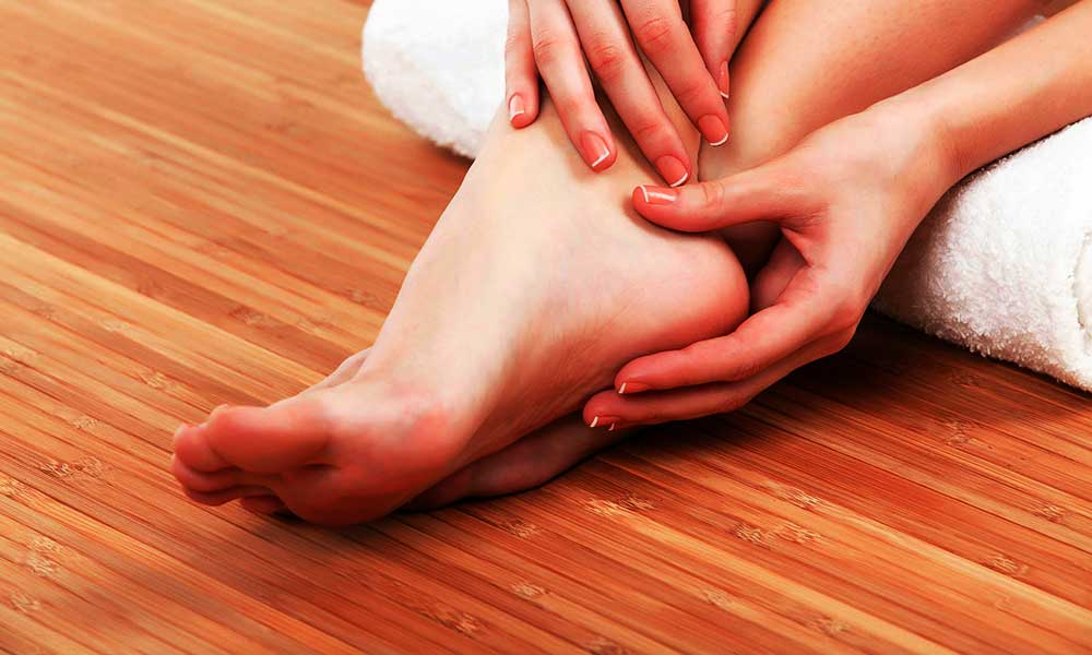 Remedies to treat cracked feet