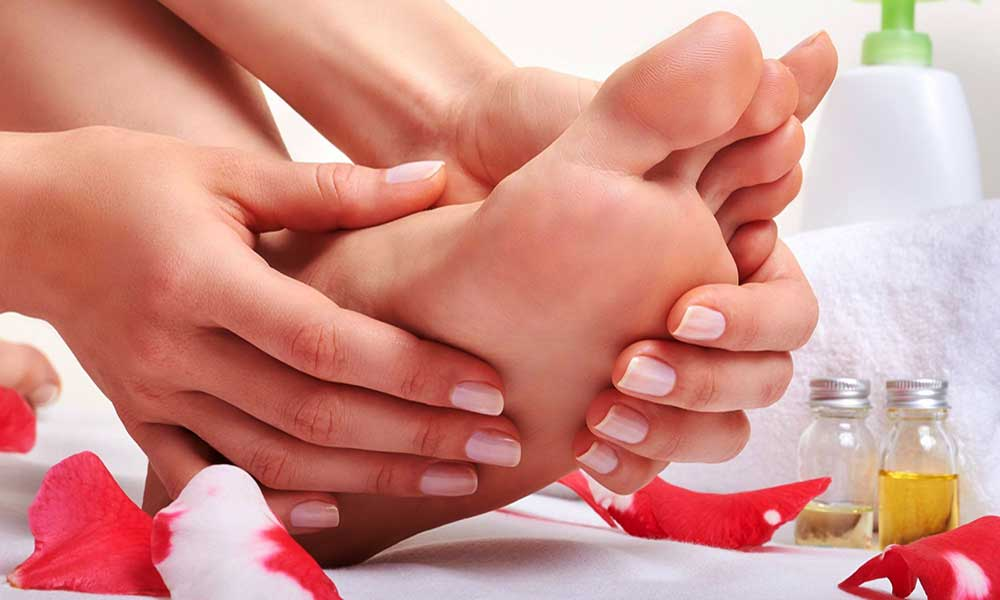 Home remedies to treat swollen feet