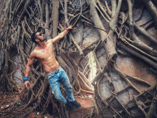 10 reasons why harshvardhan rane is the dream man of every girl