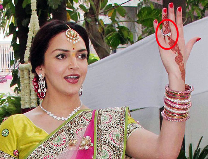 Bharat gifted Esha the huge solitaire on the day of their marriage