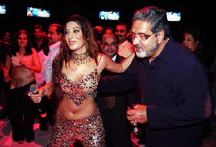 controversial pictures of Vijay Mallya