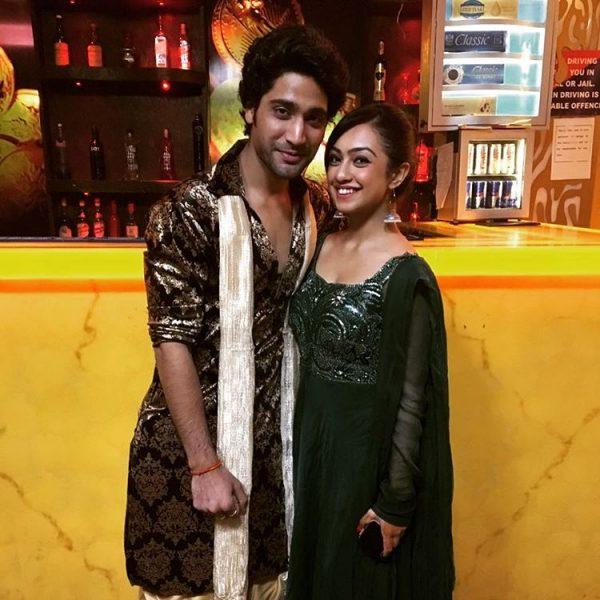 Sanam johar and abigail dating sim