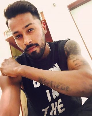 Sexy Pictures Of Hardik Pandya