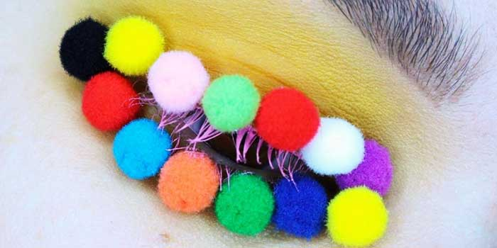 Pom pom make up