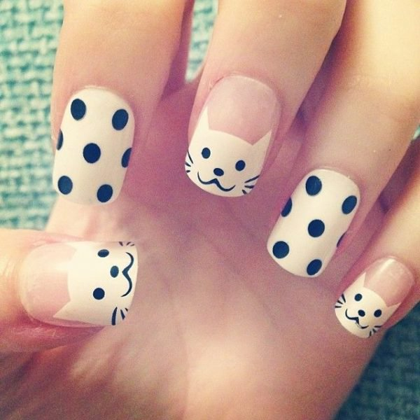Here Are Black And White Nail Art Designs That You Must Try!