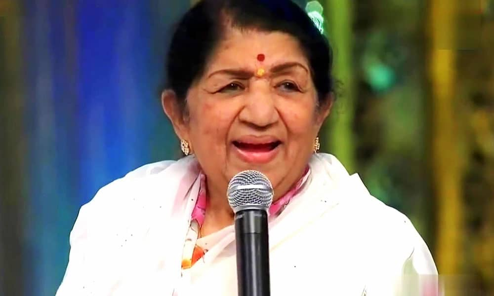 Lata Mangeshkar In Trouble