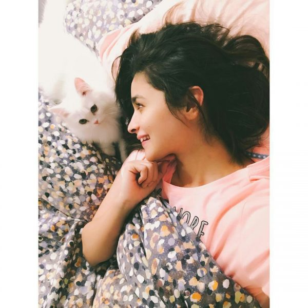 Alia Bhatt With Her Cat