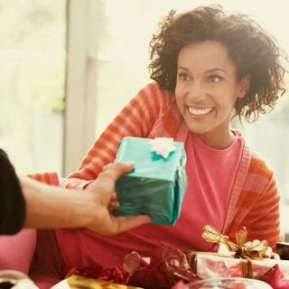Gifts that Girlfriends expect
