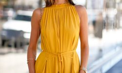 Add Yellow in Your Wardrobe Smartly, Know How