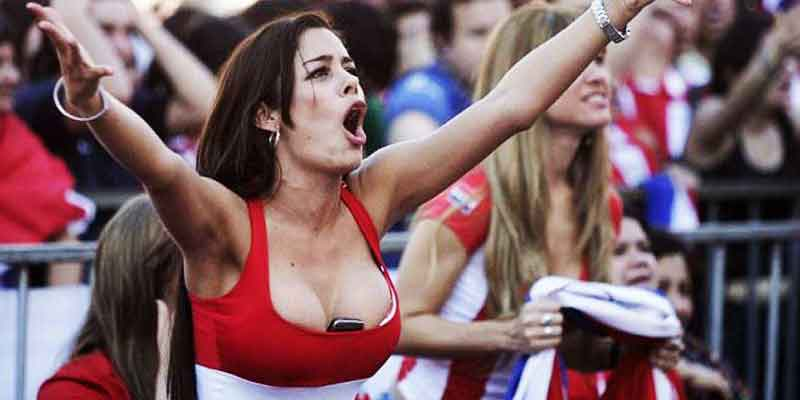 Pictures Of Crazy And Sexy Football Fans